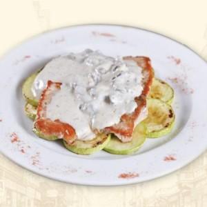 scallopini-sa-gorgonzolom-i-sljivama-93971